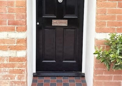 Arne family: New front door, frame & porch tiles